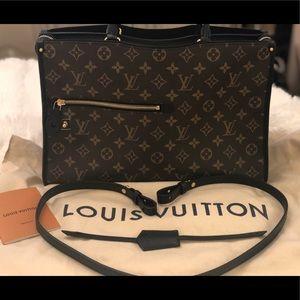 """""""BRAND NEW"""" Louis Vuitton POPINCOURT MM"""